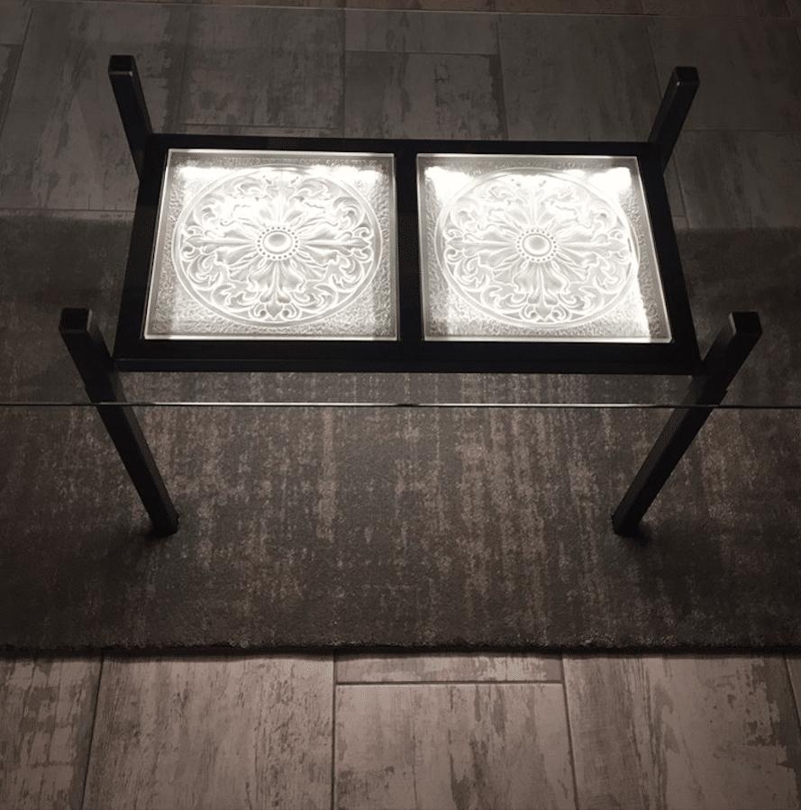 Table Manhattan- cristal et acier.