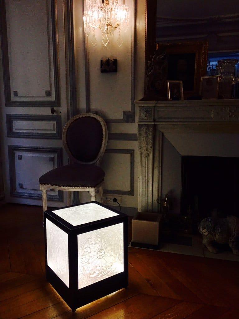 Cube cristal et acier