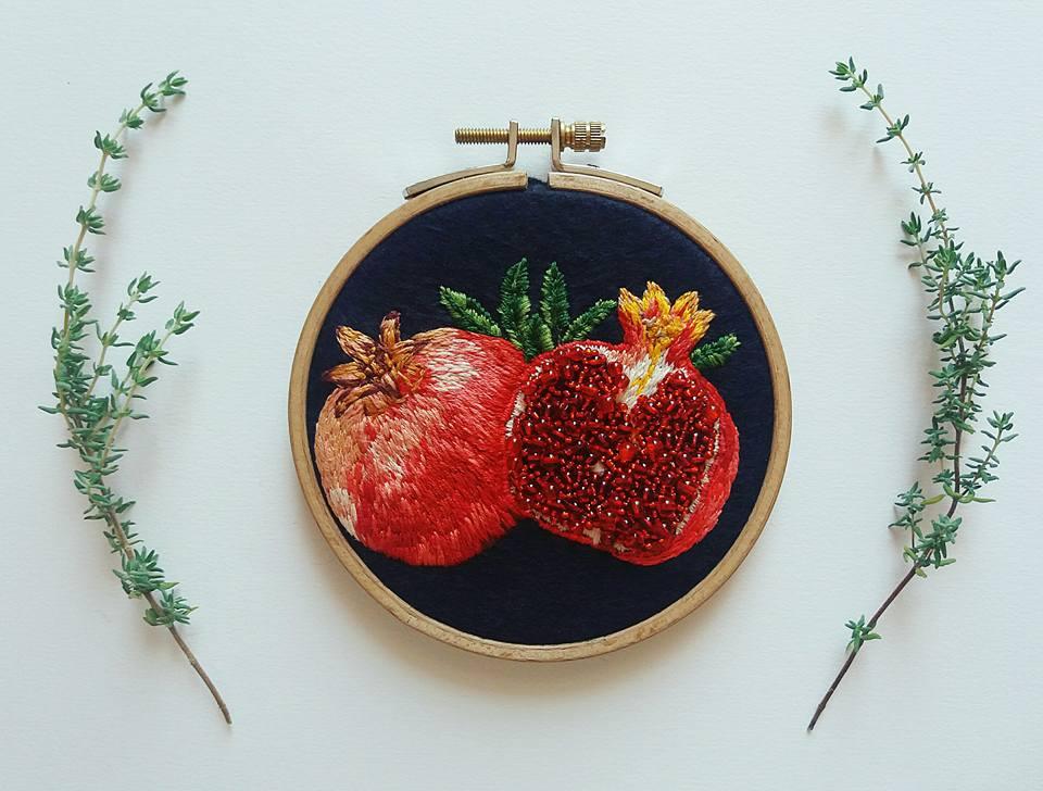 Broderie de Vanessa Zarrouk-Le coeur grenadine.
