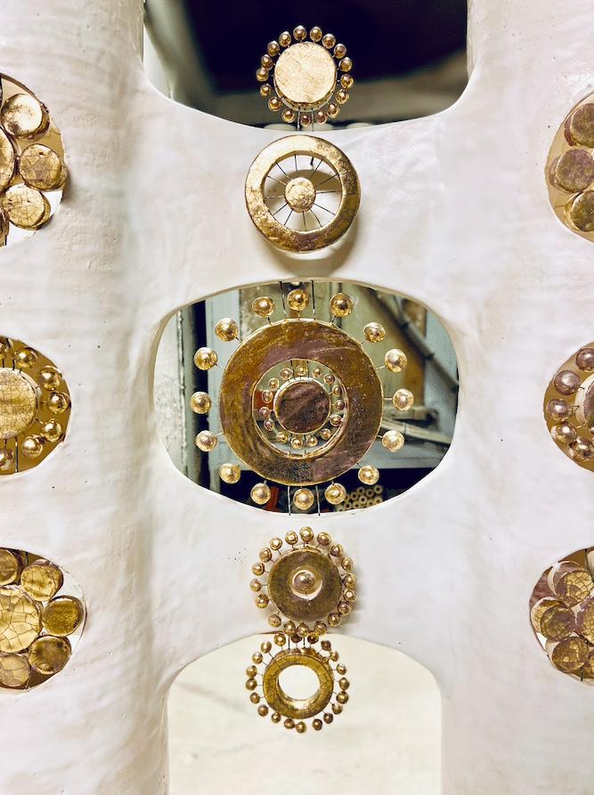 Lampe double colonne en céramique émaillée blanc et or - centre