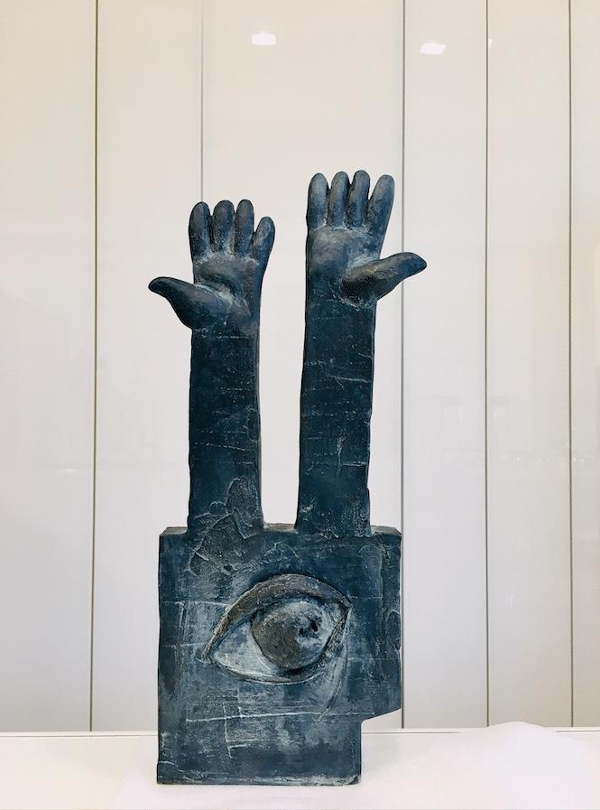 Sculpture bronze Mains by Ariel Barsamian