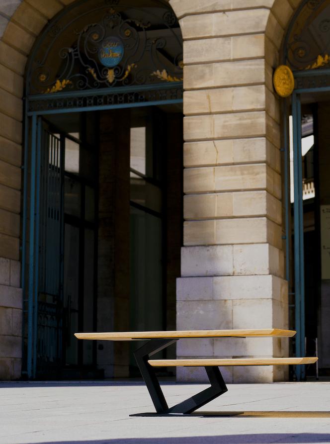Table Basse Haute Couture By Antoine Jourdan et la Maison Tournaire Paris Place Vendôme / Credit Photo Christopher N'dong