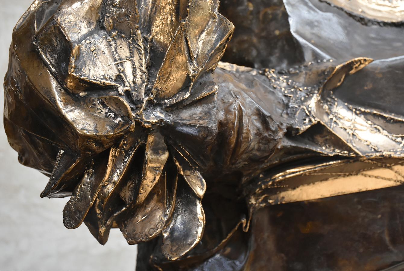 Equilibre illusoire Julien Allegre Tirage Bronze 12 exemplaires. Détail face