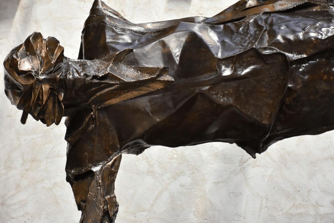Equilibre illusoire Sculpture de Julien Allegre