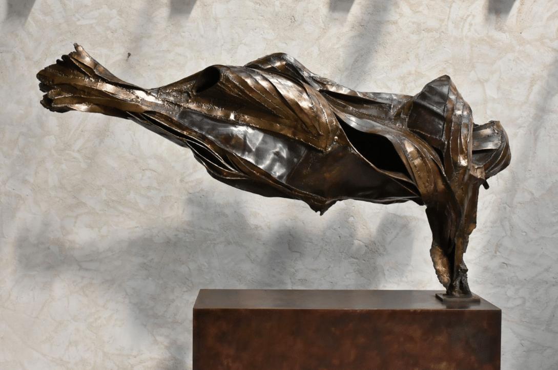 Equilibre illusoire - Sculpture en bronze de Julien Allegre