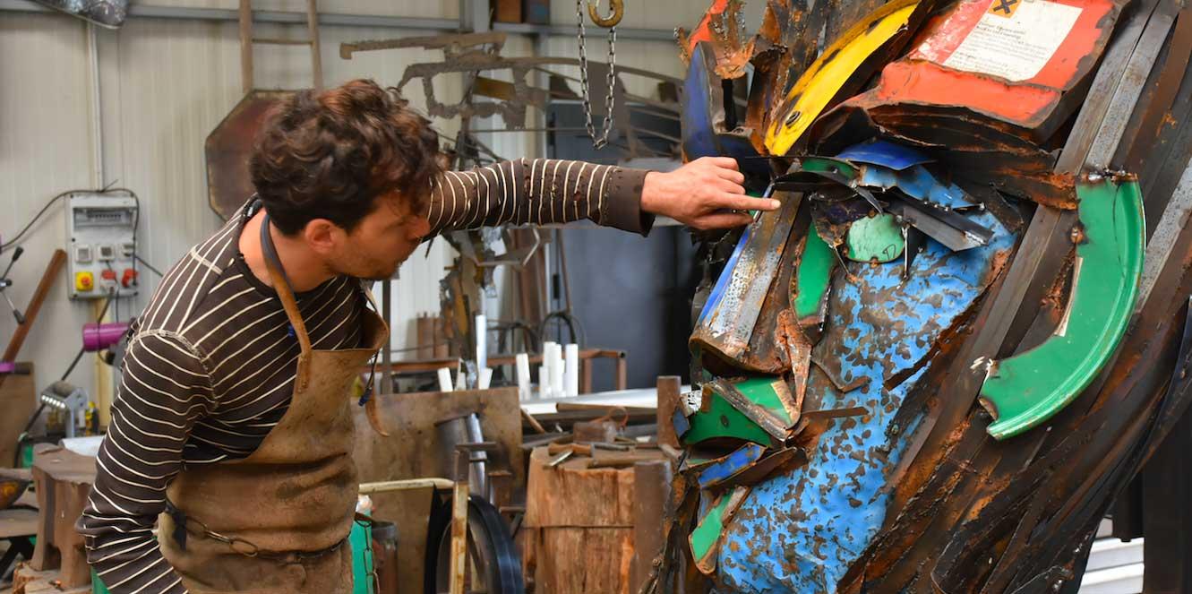 julien-allegre-sculpteur-action-mise-en-forme
