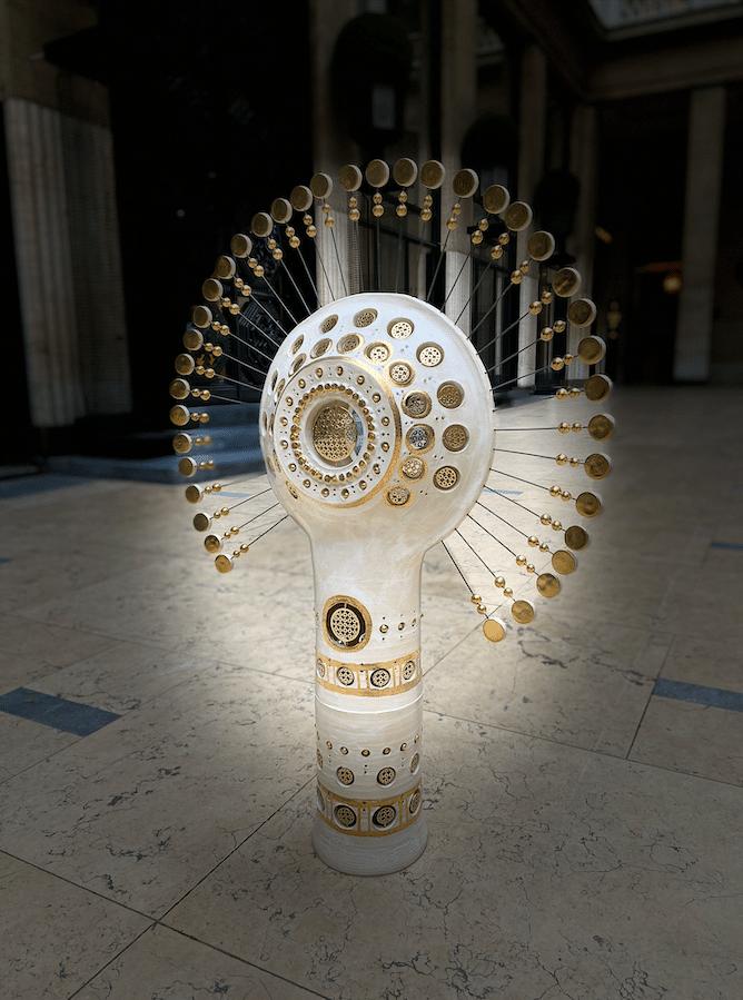 Lampe Soleil blanc et or Georges Pelletier & Tournaire Paris