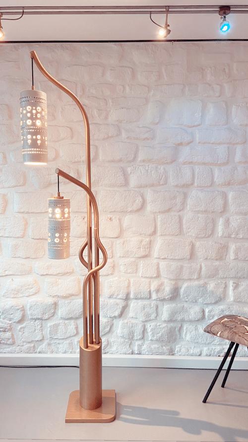 Lampadaire Ceramica acier or et suspension en céramique de Georges Pelletier