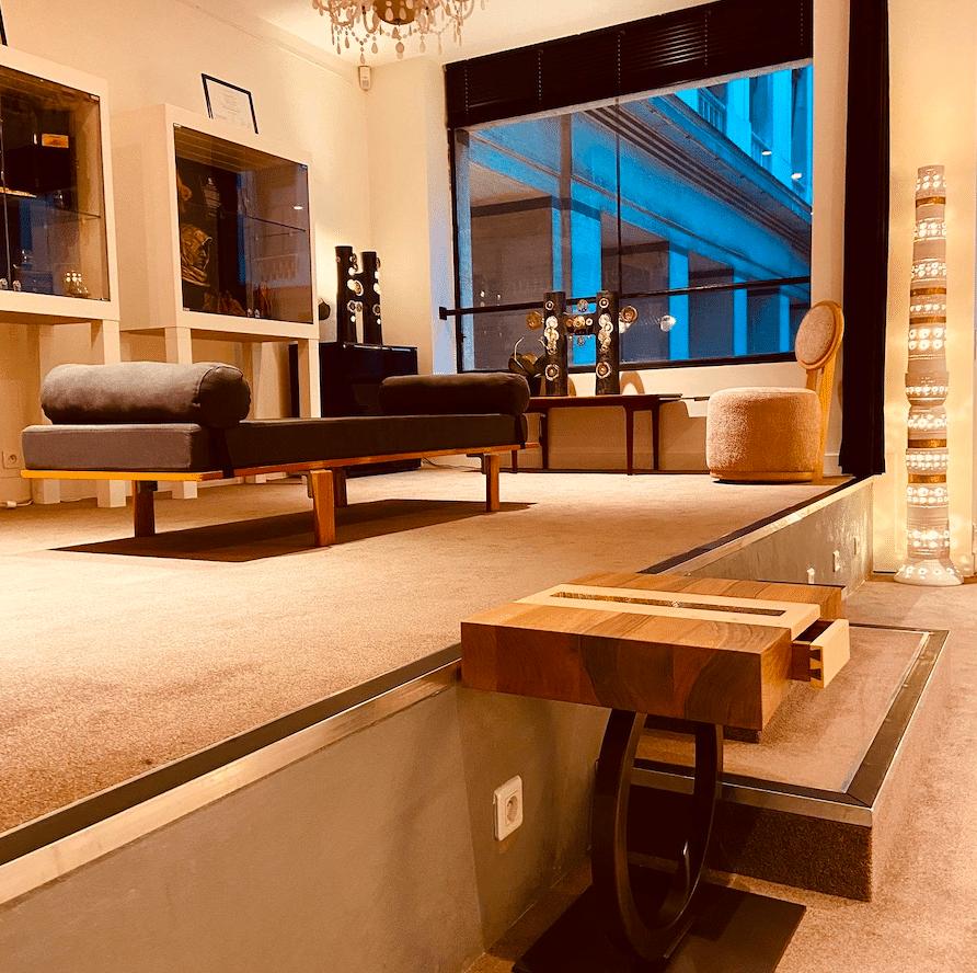 Boutique Tounaire Place Vendôme - mobilier Haute Couture - Design by Antoine Jourdan - et création Georges Pelletier & Tournaire
