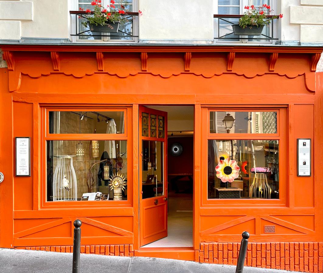 Showroom de Antoine Jourdan et Dominique Réol : Mobilier et oeuvres d'art.